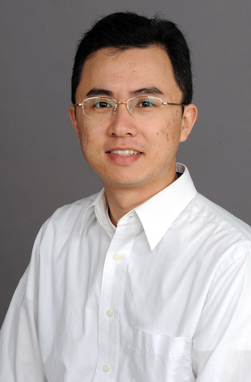 Dr. Deng Pan :